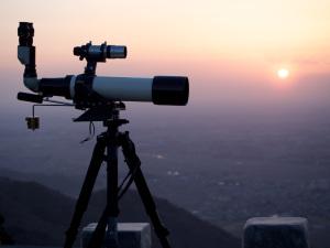 望遠鏡 (TV102i)